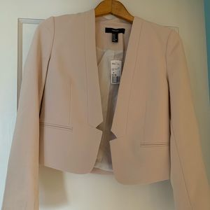 Never been worn cream blazer (tags included)